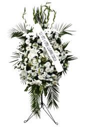 A Kalite Beyaz Çiçeklerden Ayaklı Ferforje   Ayaklı ferforje üzerine beyaz tonlarda hazırlanmış Açılış, düğün, nikah gibi organizasyonlarda sizi en güzel şekilde temsil edecek yüksek boylu ferforje aranjmanı. Yaklaşık Ürün Boyutu : 1,6 metre